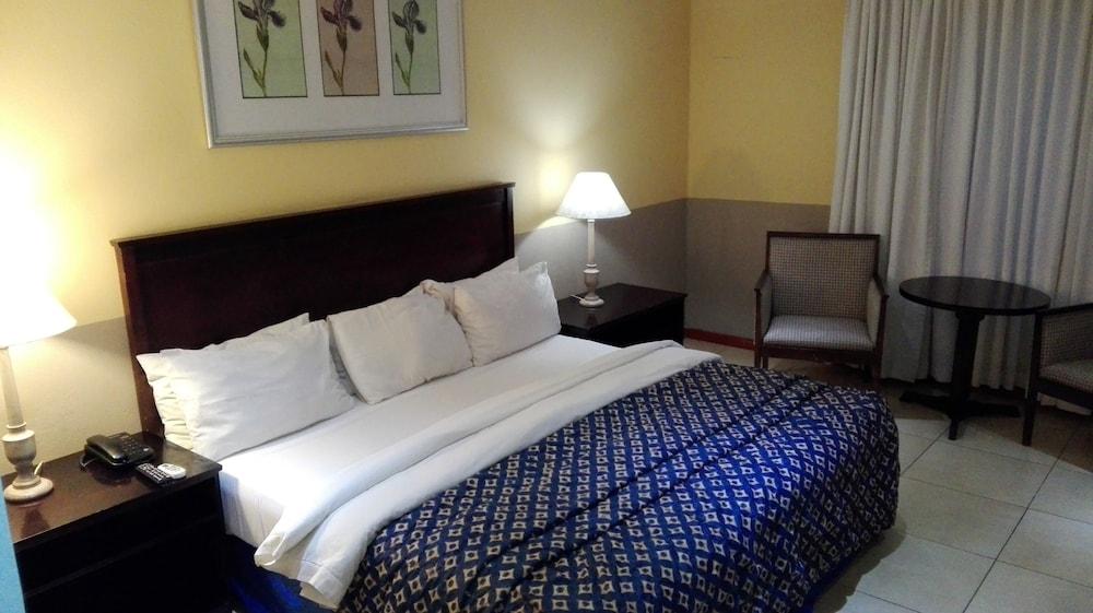 빌라 비아-미드랜드(Villa Via - Midrand) Hotel Image 15 - Guestroom