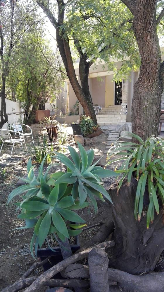 빌라 비아-미드랜드(Villa Via - Midrand) Hotel Image 72 - Garden