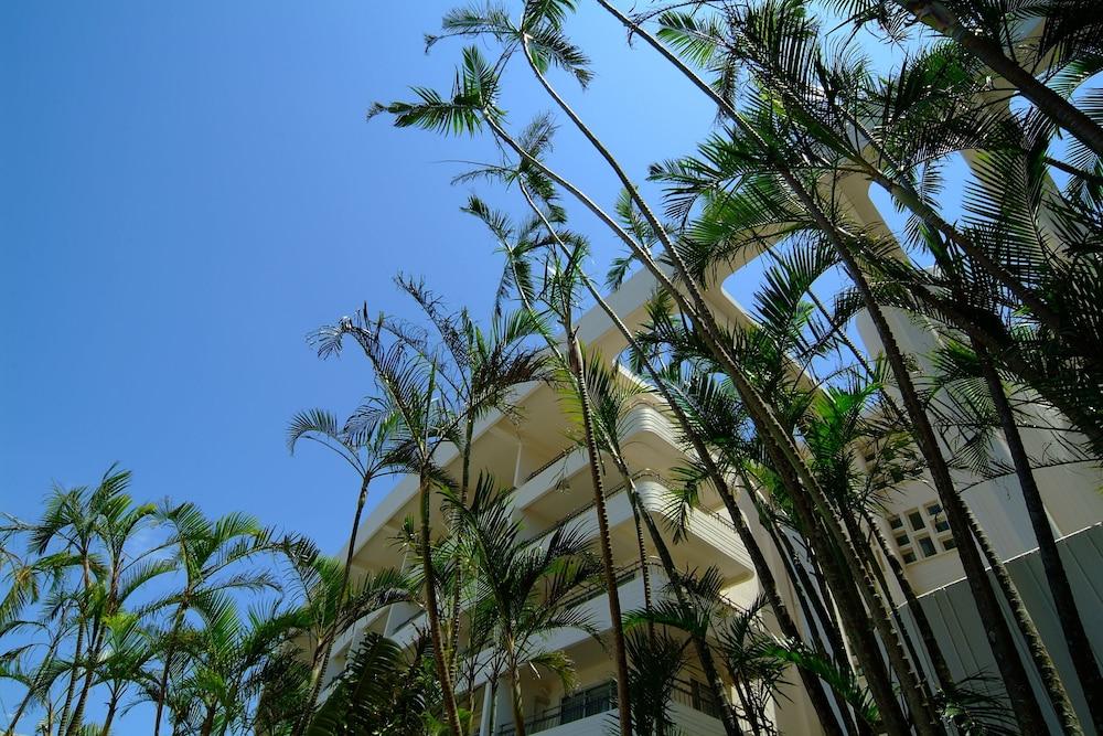 EM 웰니스 리조트 코스타비스타 오키나와 호텔 & 스파(EM Wellness Resort Costavista Okinawa Hotel & Spa) Hotel Image 59 - Exterior