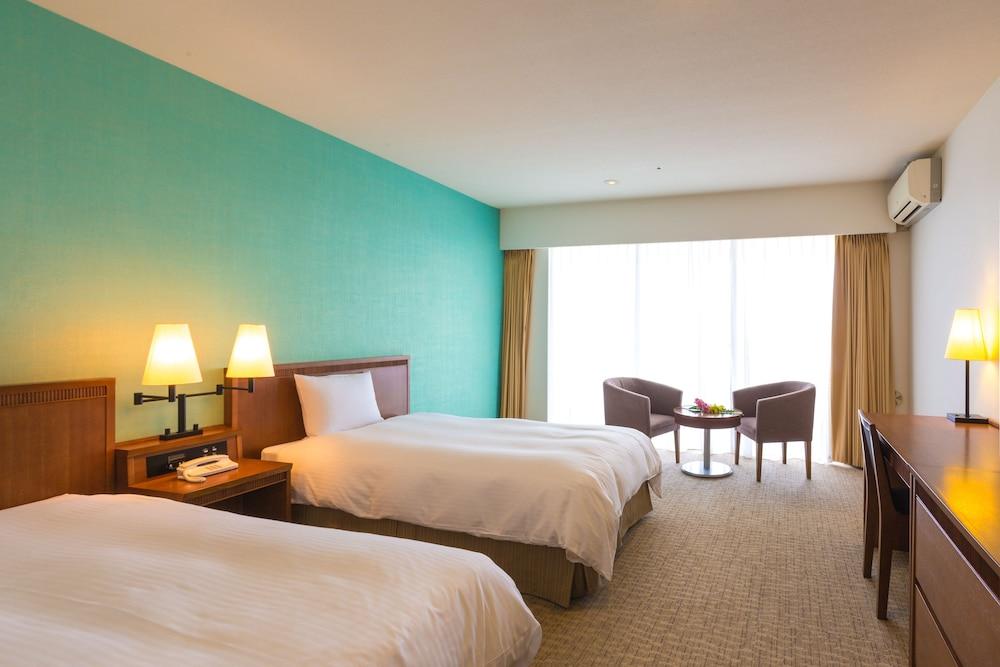 EM 웰니스 리조트 코스타비스타 오키나와 호텔 & 스파(EM Wellness Resort Costavista Okinawa Hotel & Spa) Hotel Image 31 - Guestroom