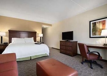 햄프턴 인 & 스위트 찰스 타운(Hampton Inn and Suites Charles Town) Hotel Image 4 - Guestroom