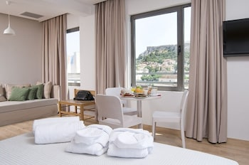 Junior Suite (Acropolis View)