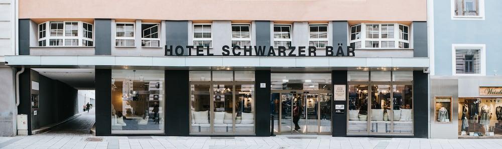 호텔 슈바르처 배르(Hotel Schwarzer Bär) Hotel Image 57 - Hotel Front