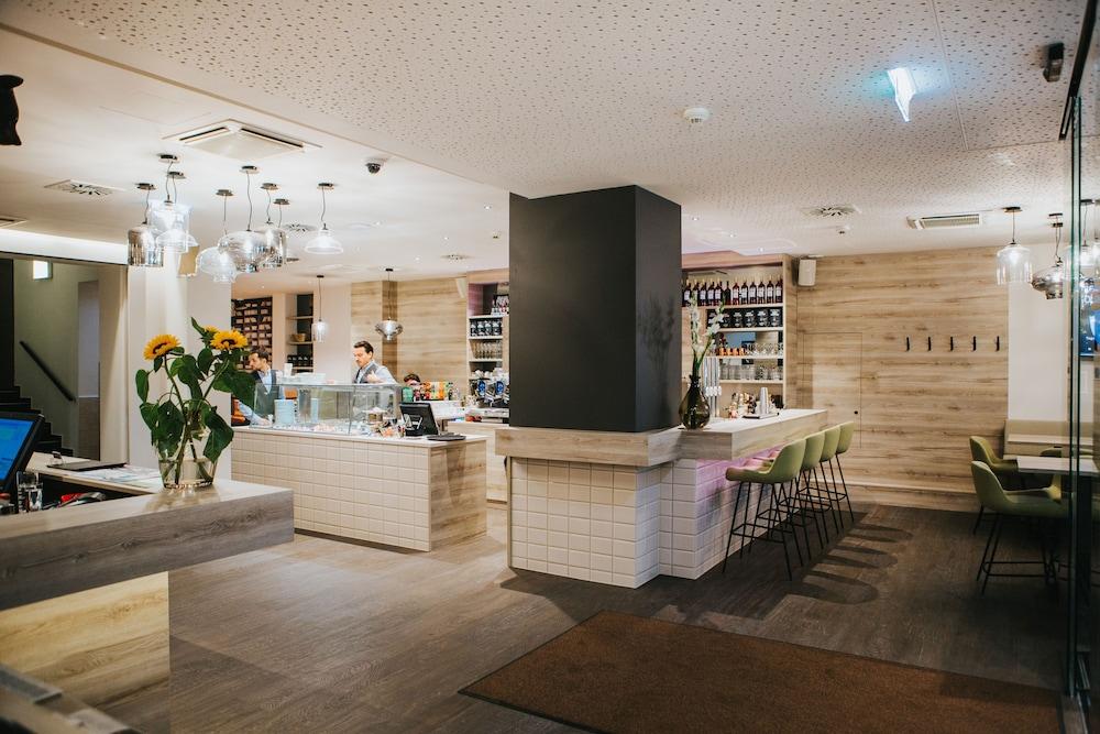 호텔 슈바르처 배르(Hotel Schwarzer Bär) Hotel Image 16 - 로비 라운지