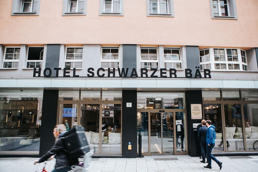 호텔 슈바르처 배르(Hotel Schwarzer Bär) Hotel Image 57 - 호텔 정면