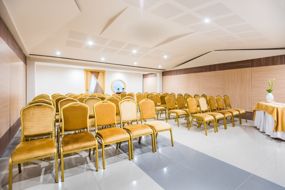 호텔 아메리칸 골프(Hotel American Golf) Hotel Image 49 - Meeting Facility