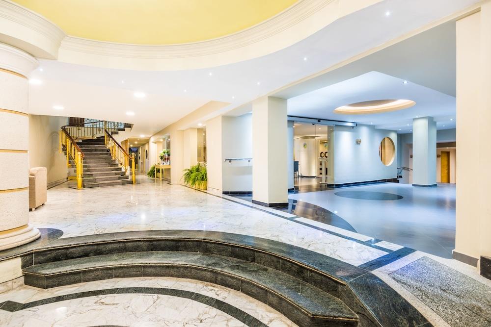 호텔 아메리칸 골프(Hotel American Golf) Hotel Image 4 - Lobby