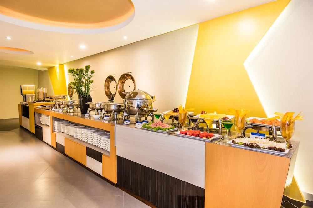 호텔 아메리칸 골프(Hotel American Golf) Hotel Image 46 - Buffet