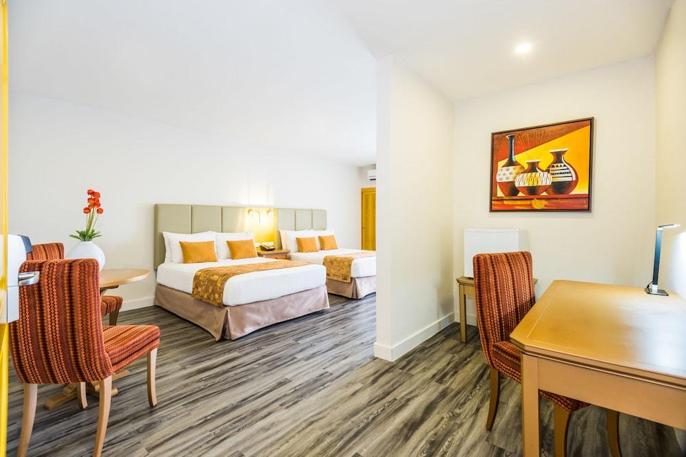 호텔 아메리칸 골프(Hotel American Golf) Hotel Image 16 - Guestroom