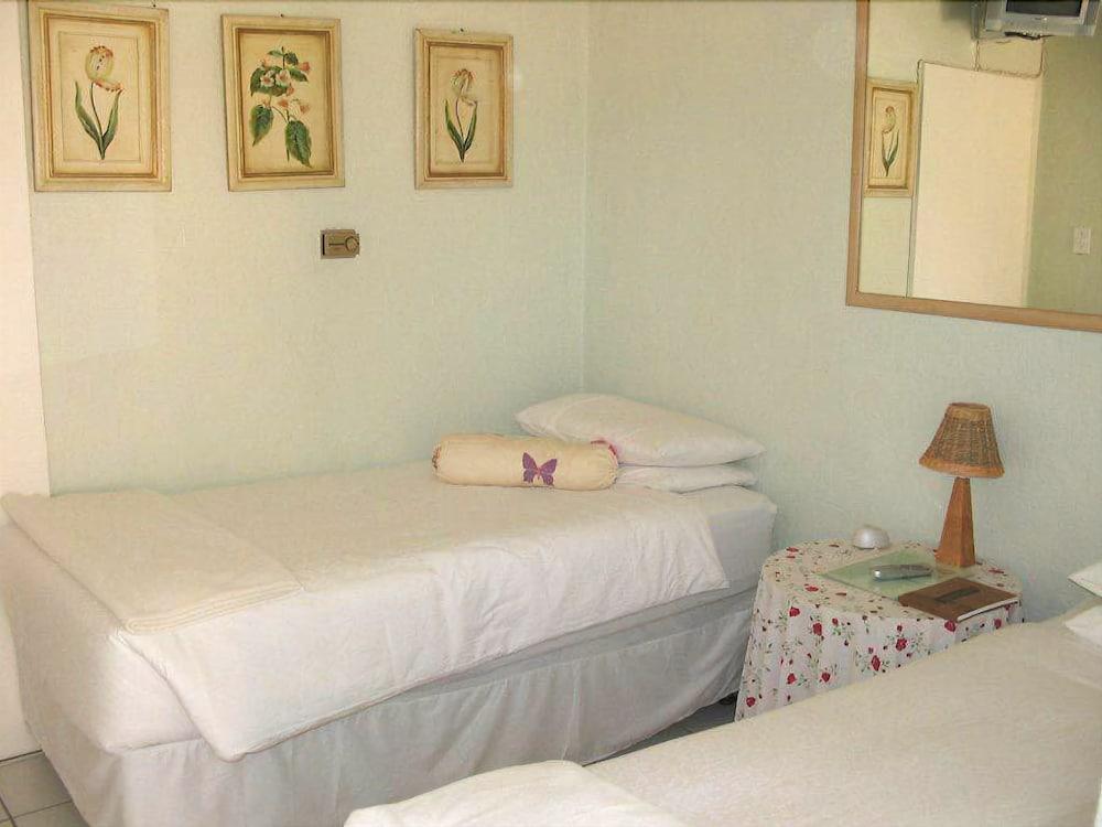 스트라트헤이븐 게스트하우스(Strathavon Guest House) Hotel Image 8 - Guestroom