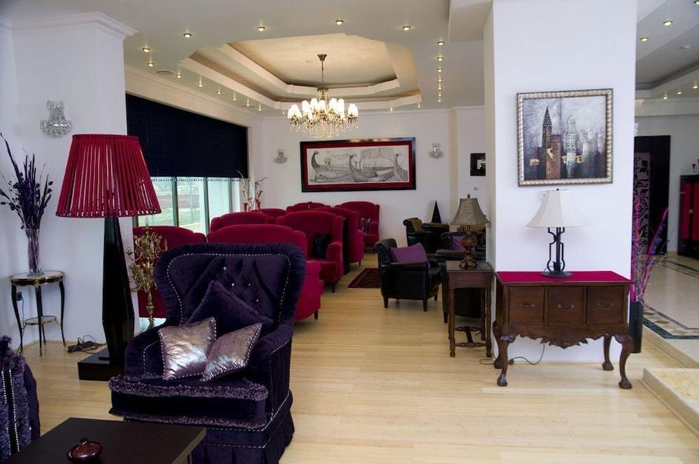 호텔 포에니시아 익스프레스(Hotel Phoenicia Express) Hotel Image 67 - Executive Lounge