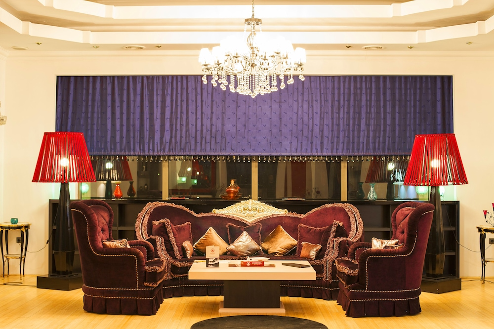 호텔 포에니시아 익스프레스(Hotel Phoenicia Express) Hotel Image 0 - Featured Image