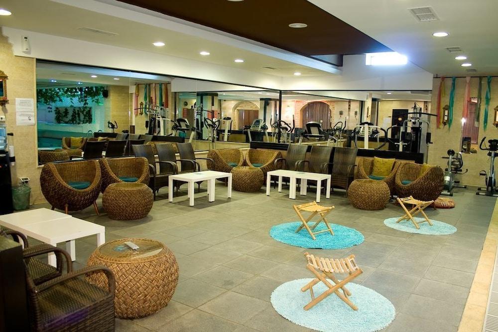 호텔 포에니시아 익스프레스(Hotel Phoenicia Express) Hotel Image 60 - Hotel Lounge