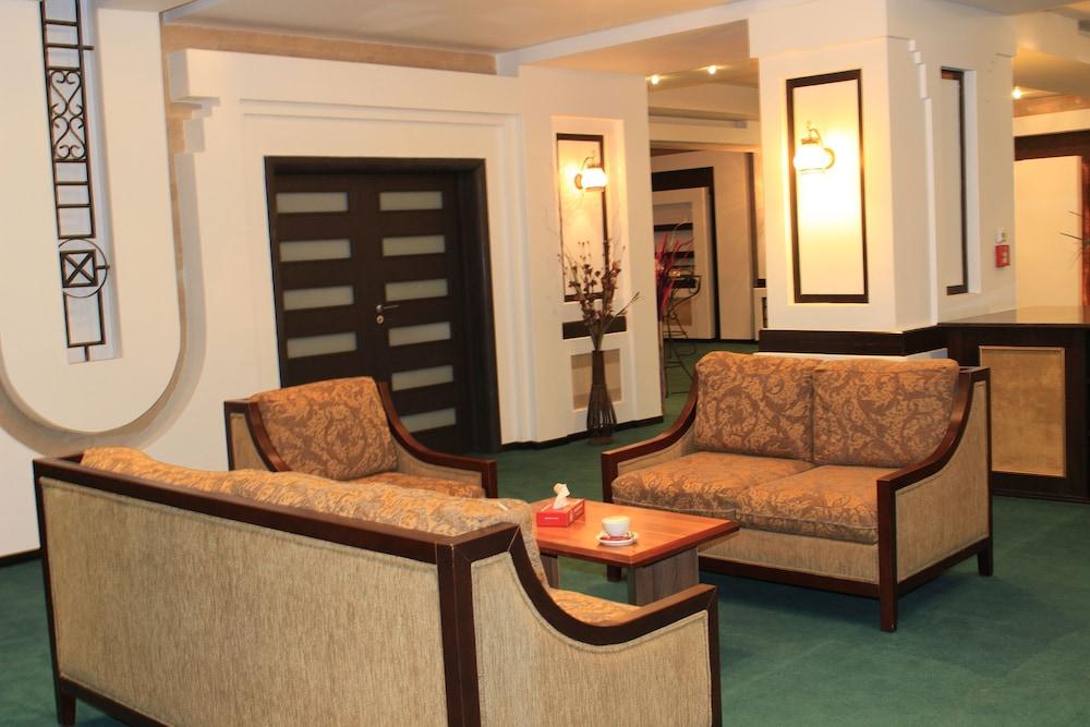 호텔 포에니시아 익스프레스(Hotel Phoenicia Express) Hotel Image 64 - Meeting Facility