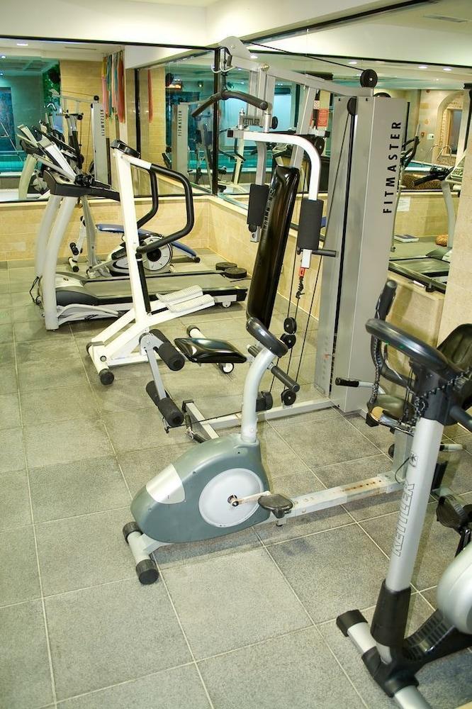 호텔 포에니시아 익스프레스(Hotel Phoenicia Express) Hotel Image 38 - Fitness Facility