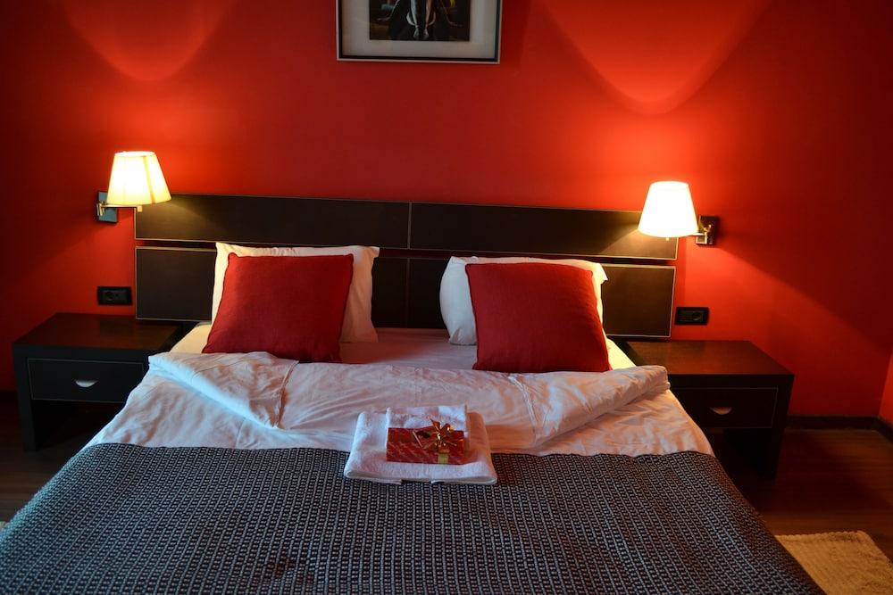 호텔 포에니시아 익스프레스(Hotel Phoenicia Express) Hotel Image 21 - Guestroom