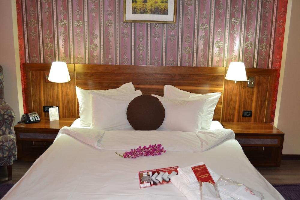 호텔 포에니시아 익스프레스(Hotel Phoenicia Express) Hotel Image 31 - Guestroom