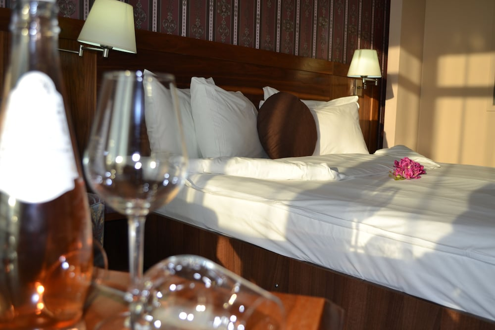 호텔 포에니시아 익스프레스(Hotel Phoenicia Express) Hotel Image 28 - Guestroom