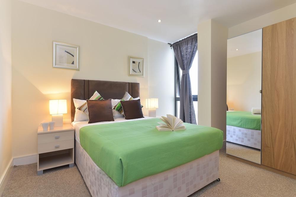 브리지 아파트먼츠(Bridge Apartments) Hotel Image 29 - Guestroom