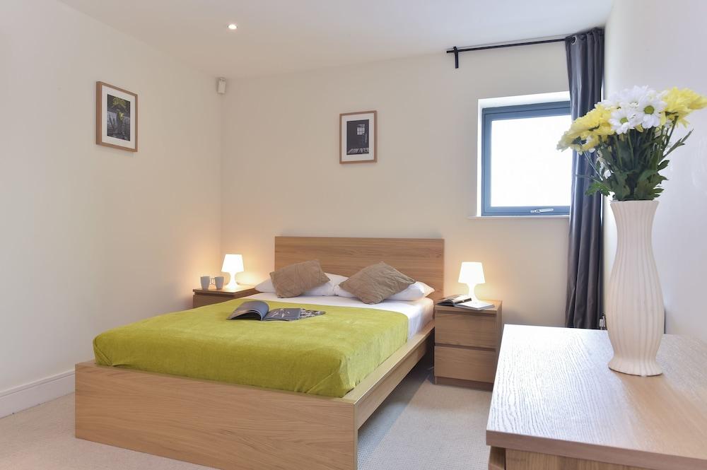 브리지 아파트먼츠(Bridge Apartments) Hotel Image 8 - Guestroom