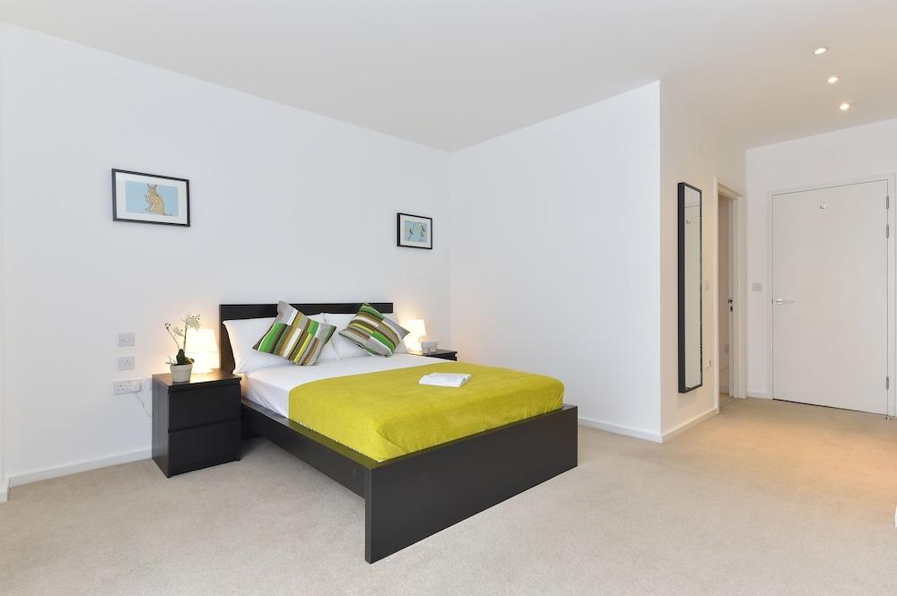 브리지 아파트먼츠(Bridge Apartments) Hotel Image 22 - Guestroom