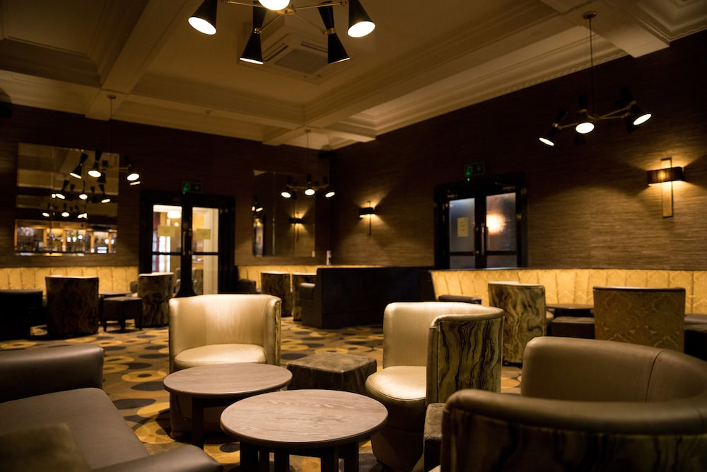 더 클리프스 호텔 블랙풀(The Cliffs Hotel Blackpool) Hotel Image 62 - Hotel Bar