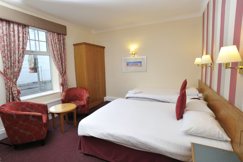 더 클리프스 호텔 블랙풀(The Cliffs Hotel Blackpool) Hotel Image 4 - Guestroom