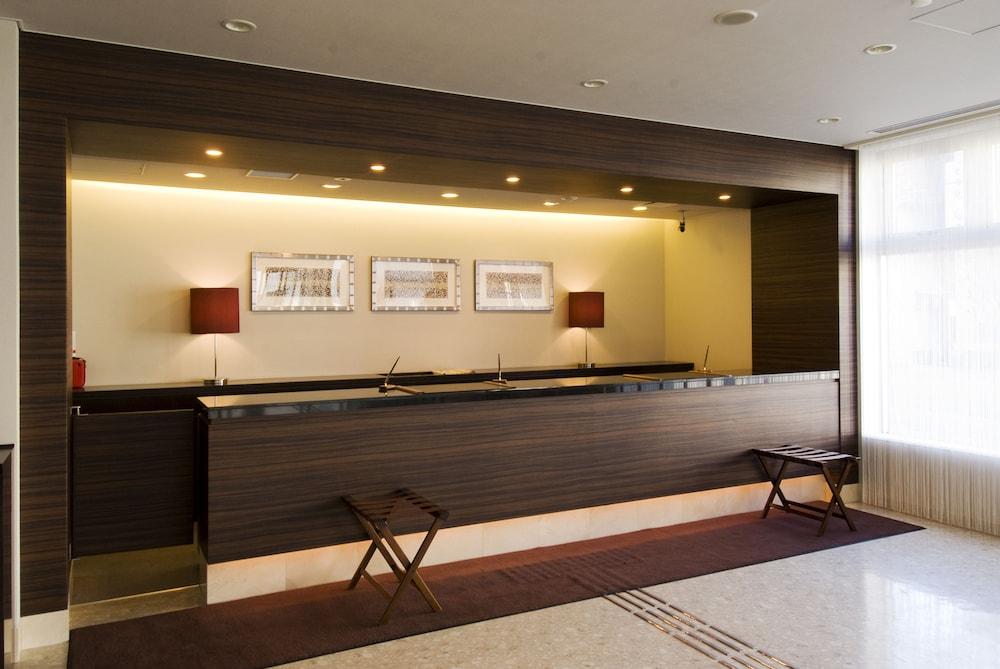 도미 인 와카나이 내추럴 핫 스프링(Dormy Inn Wakkanai Natural Hot Spring) Hotel Image 16 - Reception