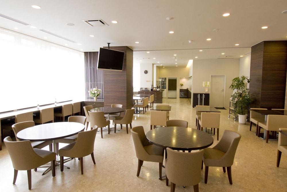 도미 인 와카나이 내추럴 핫 스프링(Dormy Inn Wakkanai Natural Hot Spring) Hotel Image 22 - Breakfast Area