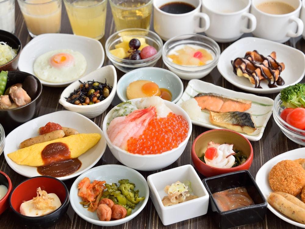 도미 인 와카나이 내추럴 핫 스프링(Dormy Inn Wakkanai Natural Hot Spring) Hotel Image 27 - Buffet