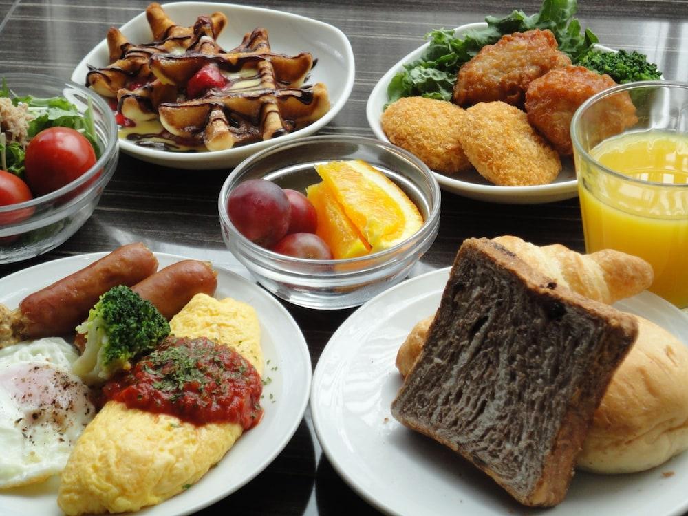도미 인 와카나이 내추럴 핫 스프링(Dormy Inn Wakkanai Natural Hot Spring) Hotel Image 30 - Food and Drink