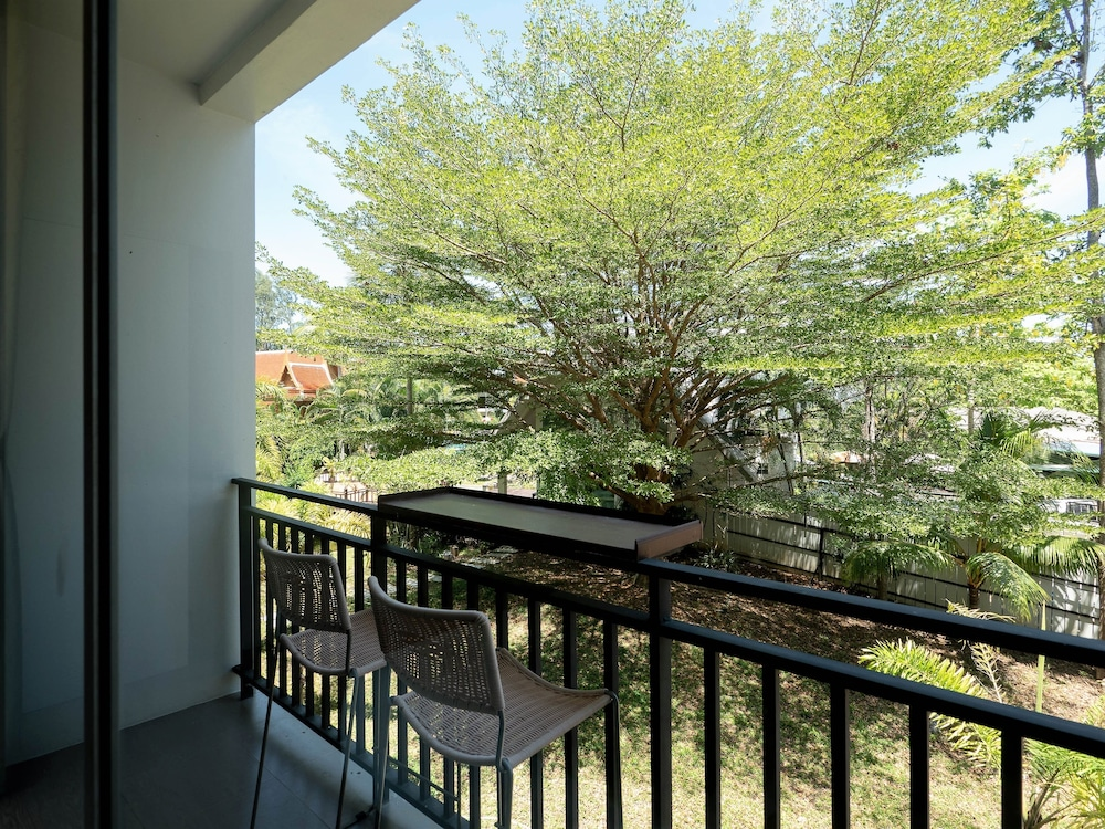로얄 란타 리조트 & 스파(Royal Lanta Resort & Spa) Hotel Image 89 - Garden View