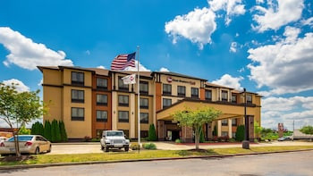 Best Western Plus Tupelo Inn & Suites photo