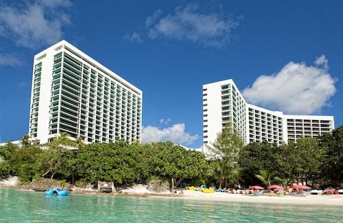 . Guam Reef Hotel