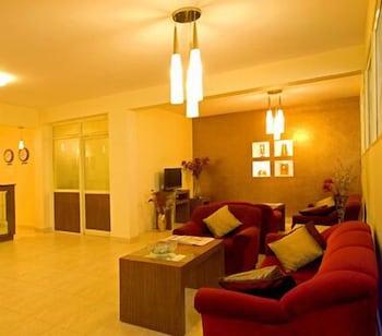 멜스 리젠시 호텔(Mels Regency Hotel) Hotel Image 2 - Lobby Lounge