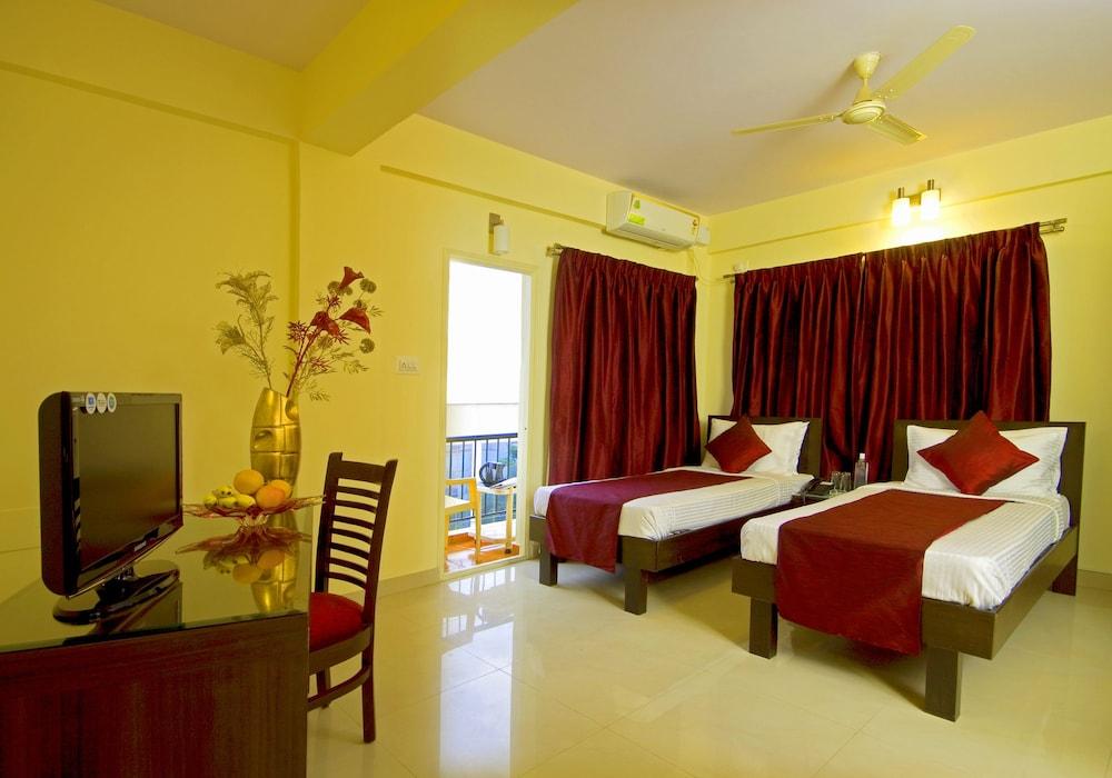 멜스 리젠시 호텔(Mels Regency Hotel) Hotel Image 9 - Guestroom