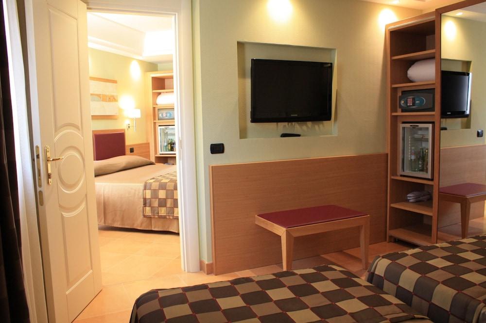 아르테미스 호텔(Artemis Hotel) Hotel Image 9 - Guestroom