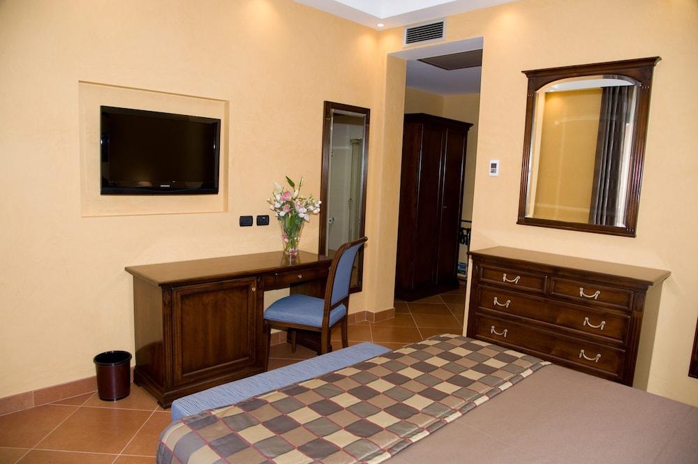 아르테미스 호텔(Artemis Hotel) Hotel Image 19 - In-Room Amenity