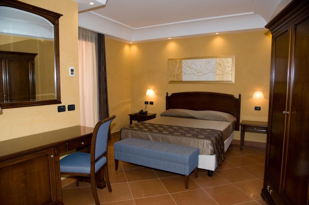 아르테미스 호텔(Artemis Hotel) Hotel Image 12 - Guestroom