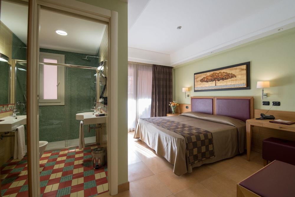 아르테미스 호텔(Artemis Hotel) Hotel Image 15 - Guestroom