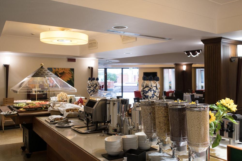 아르테미스 호텔(Artemis Hotel) Hotel Image 39 - Breakfast Area