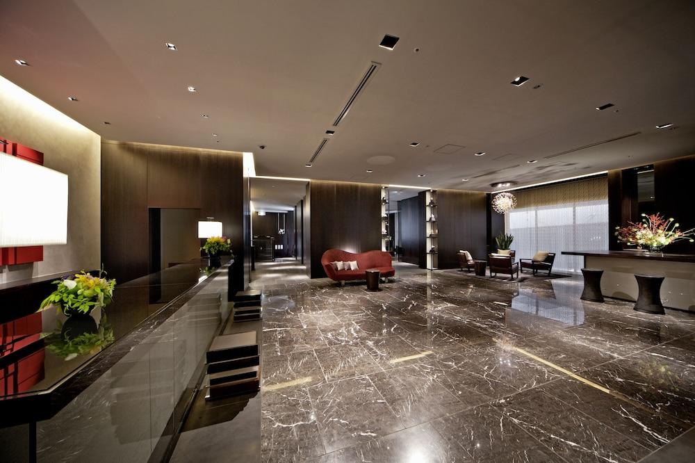 더 로얄 파크 호텔 교토 산조(The Royal Park Hotel Kyoto Sanjo) Hotel Image 5 - Lobby