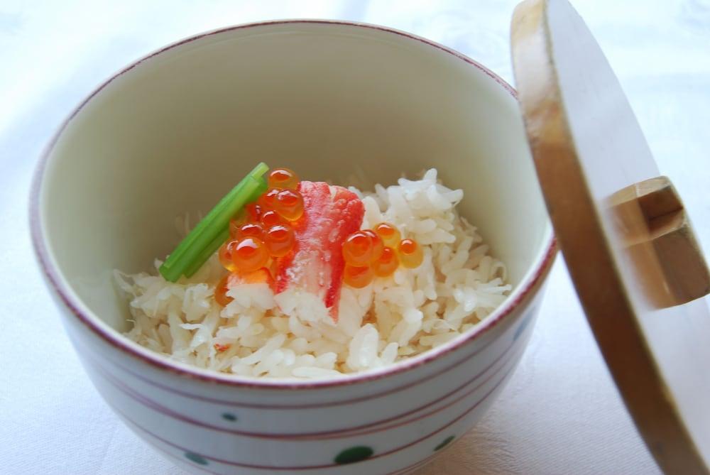 료테이 하나유라 료칸(Ryotei Hanayura Ryokan) Hotel Image 31 - Food and Drink