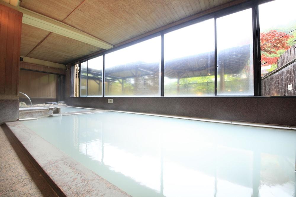 료테이 하나유라 료칸(Ryotei Hanayura Ryokan) Hotel Image 18 - Public Bath