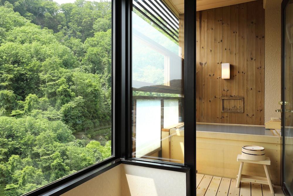 료테이 하나유라 료칸(Ryotei Hanayura Ryokan) Hotel Image 9 - Bathroom