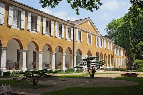 . Relais & Châteaux La Bastide