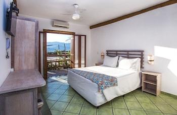 Panoramic Tek Büyük Yataklı Oda, Balkon, Havuz Kenarı