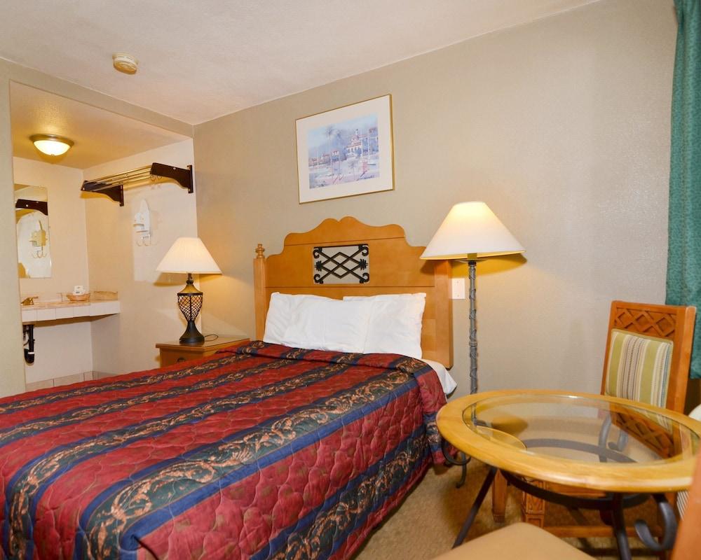 로드웨이 인 & 스위트(Rodeway Inn & Suites) Hotel Image 17 -