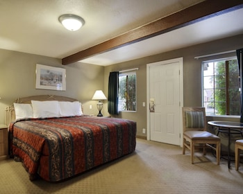 Palm Springs Vacations - Rodeway Inn & Suites - Property Image 1