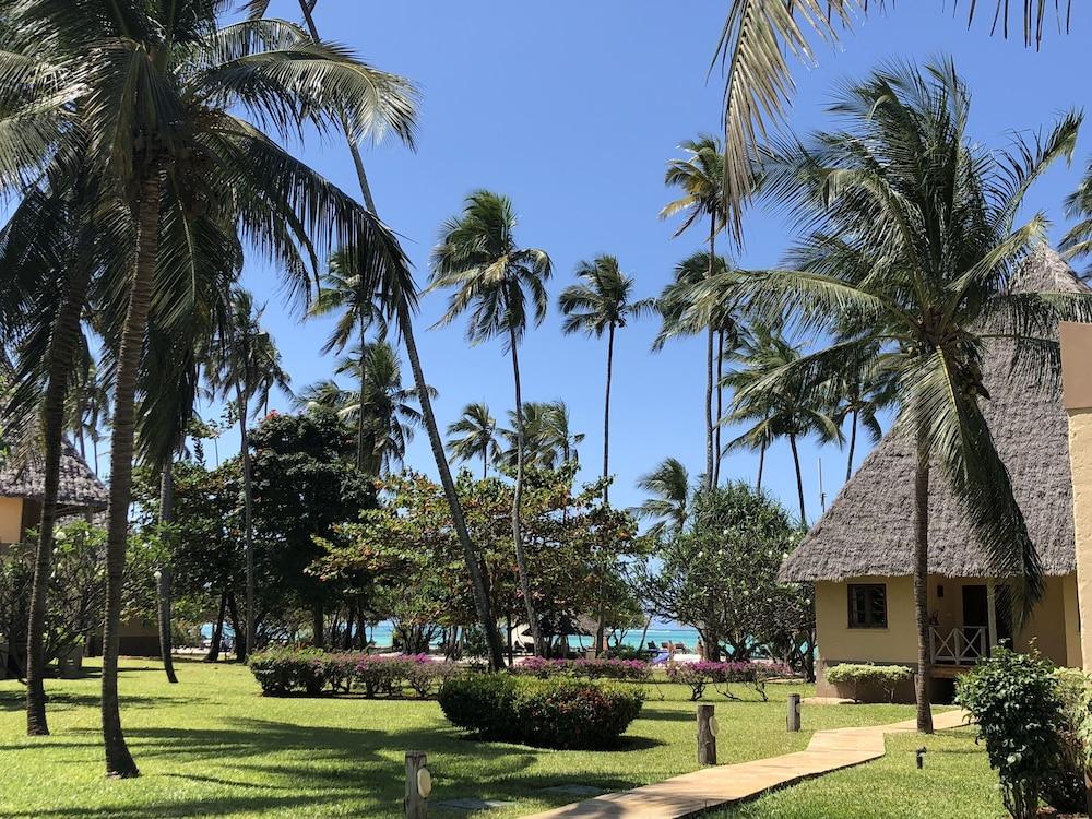 넵튠 프와니 비치 리조트 & 스파 - 올 인클루시브(Neptune Pwani Beach Resort & Spa - All Inclusive) Hotel Image 75 - Exterior
